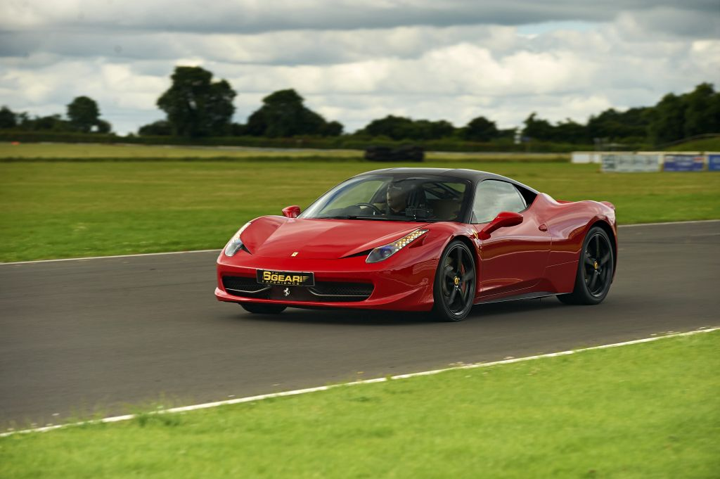Ferrari 458 Italia Driving Experience | From 6th Gear