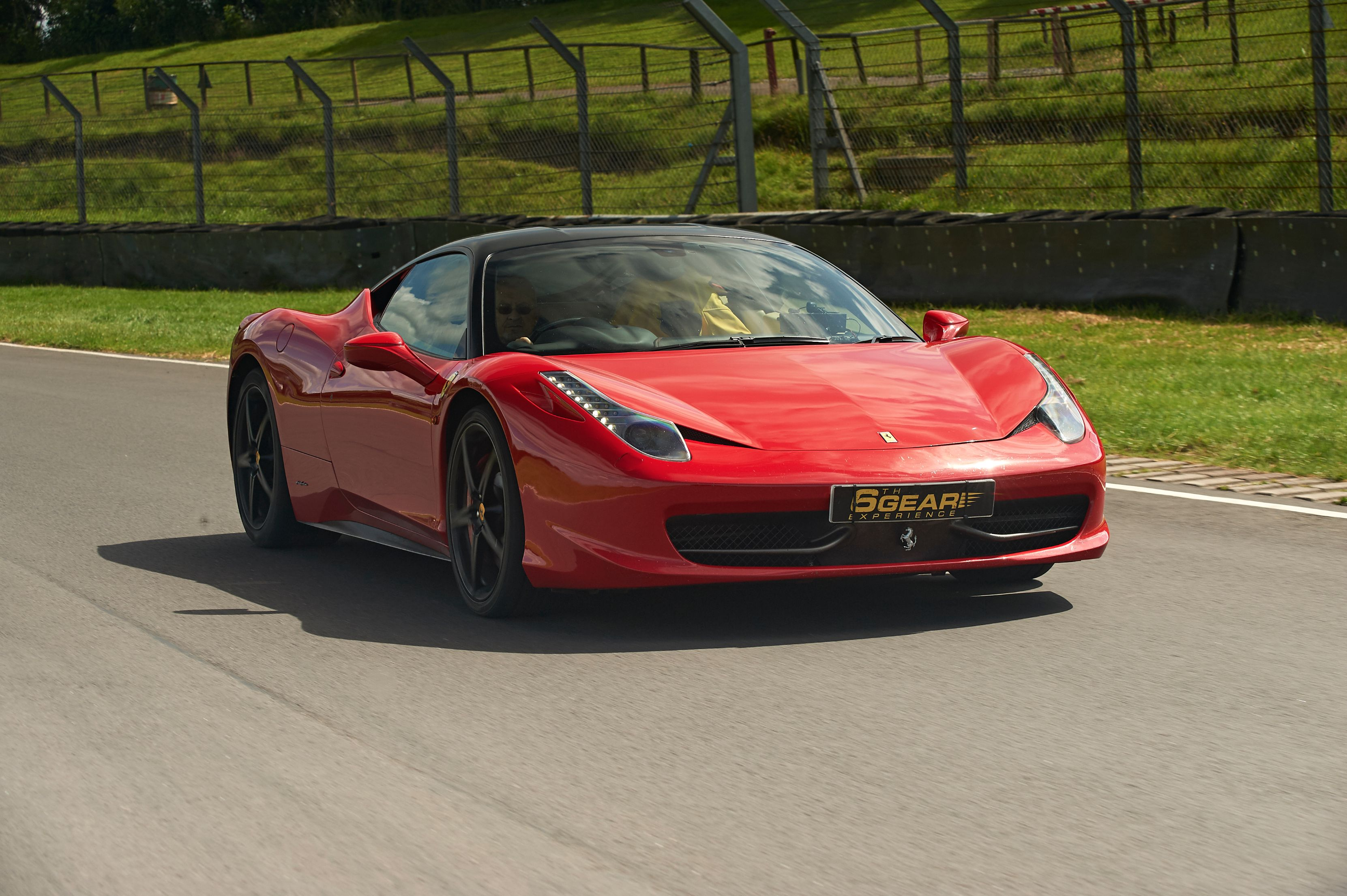 Ferrari 458 italia driving experience from 6th gear for Be italia